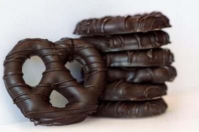 Pretzel Twists Dark Chocolate